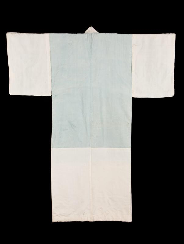 kimono with pale blue body and white cloth at sleeves and at bottom