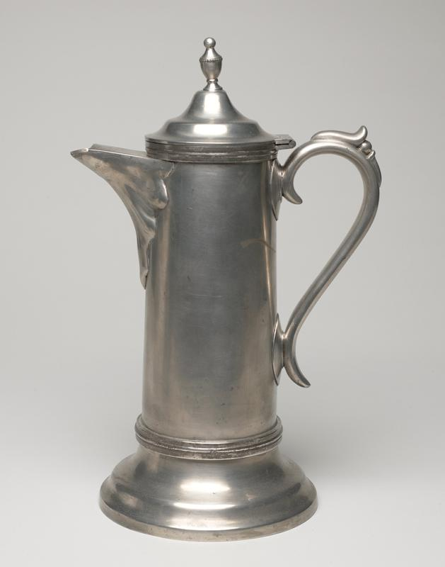 communion set, three pieces including a flagon, chalice and plate