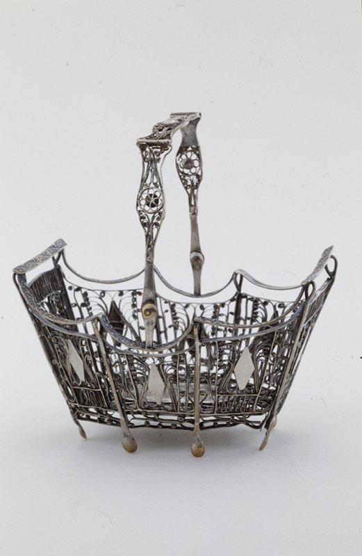 basket with handle, filigree panels