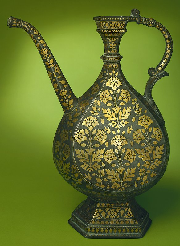 Bidri ware, bronze with inlaid brass.