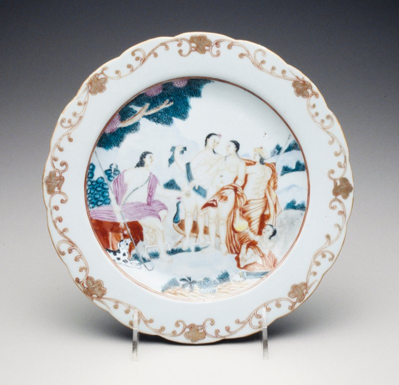 Judgment of Paris; scalloped rim with iron-red and gilt shell and leaf scroll border