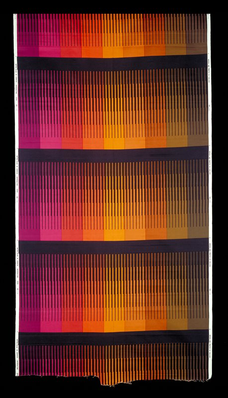 Spectrum of colors from brown to purple; complete spectrum repeated four times; divided by dark blue lines