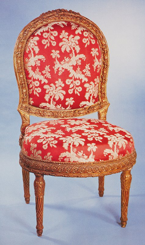 arched and rounded backs and bowed seats upholstered a tableau, the frames edged with pearls and carved in high relief with a foliate rod entwined with delicately carved foliage spray on a painted ground carved with trailing ivy leaves, the cresitngs with flowered sprays, the seat frames richly carved with entrlac and rosette, pearls and foliage, on spirally fluted legs headed by acanthus
