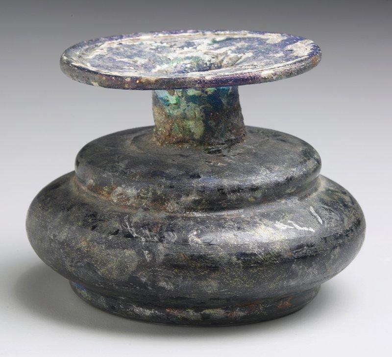 dark blue squat vessel